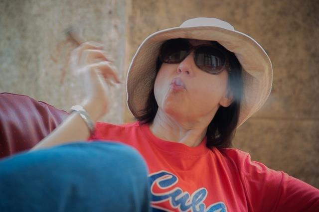 Donna-cigar-Havana-cuba