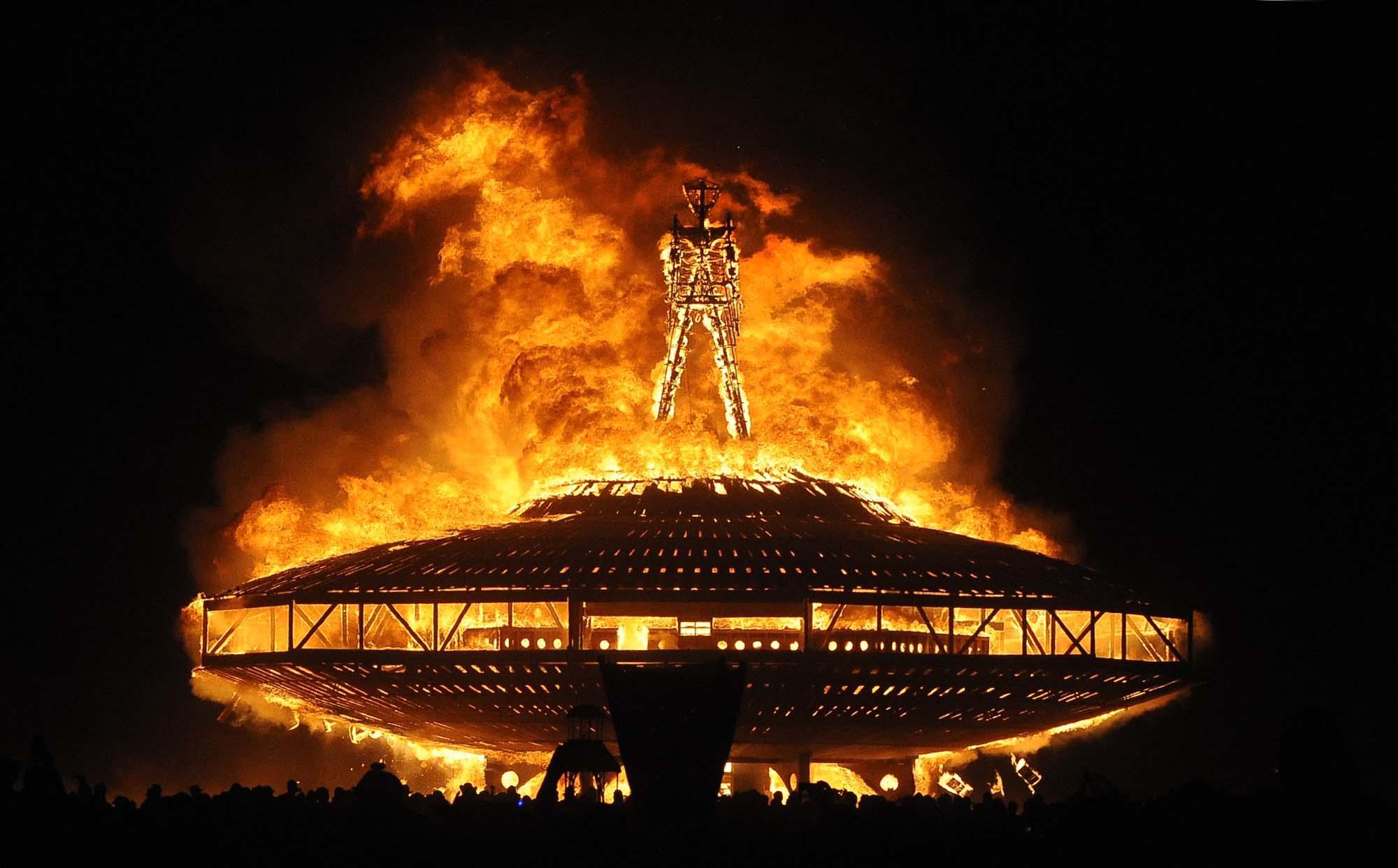 burning man, celtic quarter days, fire, ritual,